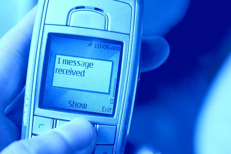 Manda un sms al 2020 y llevate una estafa
