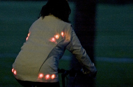 ledbikejackethemp2